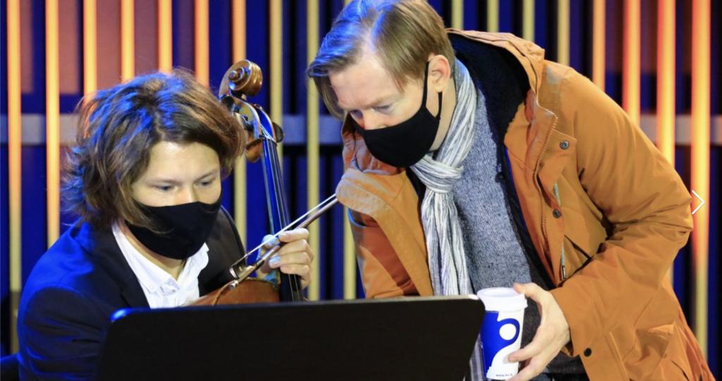 """""""Nāc līdzās Ziemassvētkos"""" – LTV1 un Latvijas radio 1"""